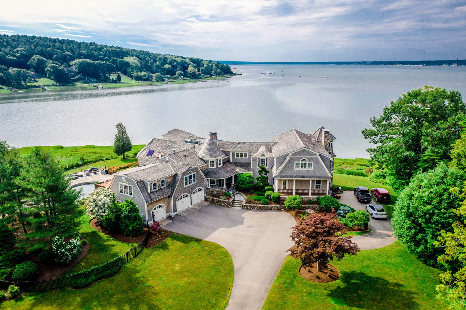 Coming Soon: Opulent Home of Chocolate Chip Cookie Inventor For Sale in Duxbury, MA