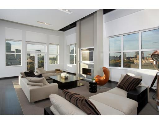 South End Loft is Luxuriously Modern