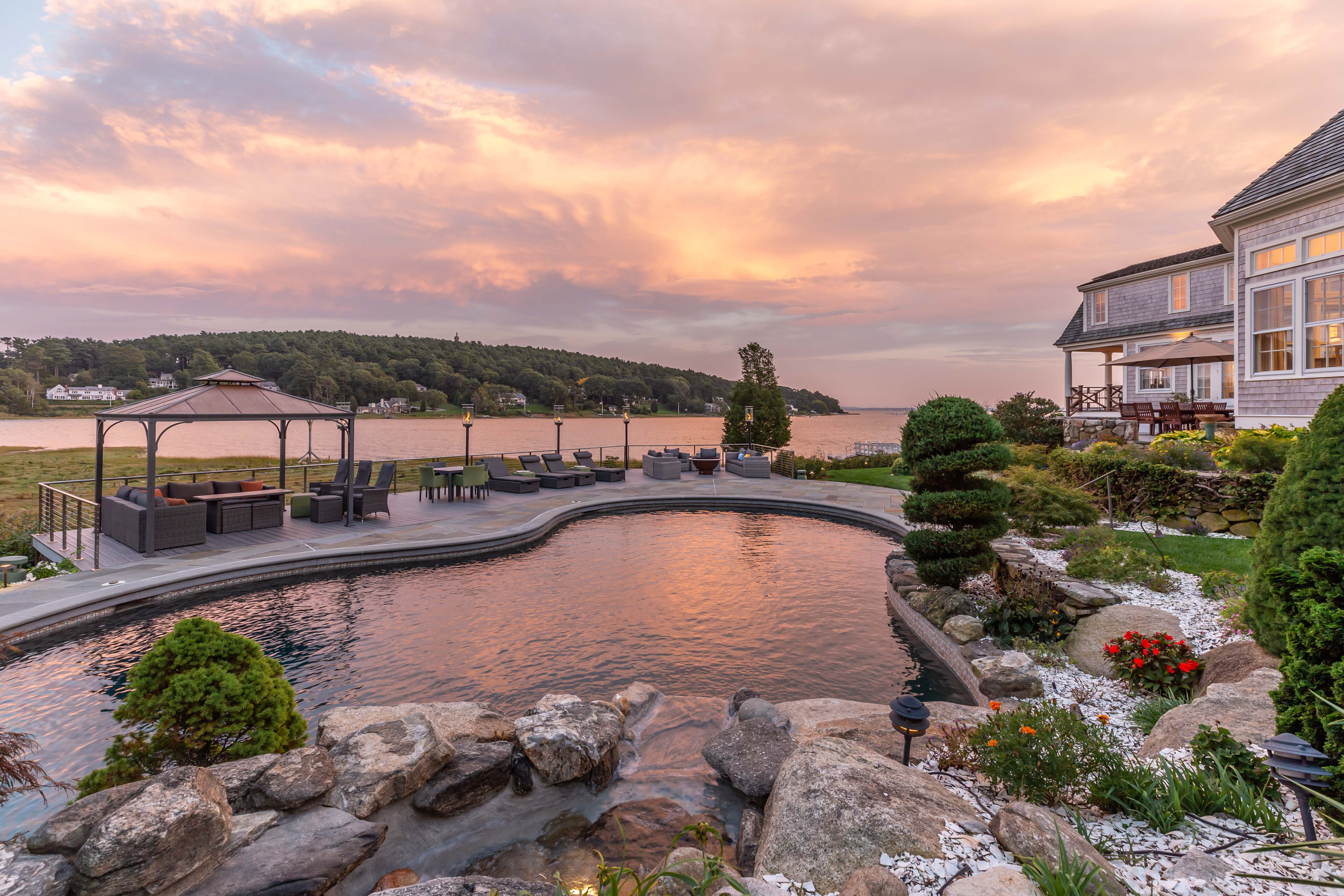 20 Greater Boston Homes with Pinterest-Worthy Pools